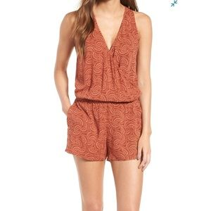 NWT Hinge | Nordstrom rust wrap front romper